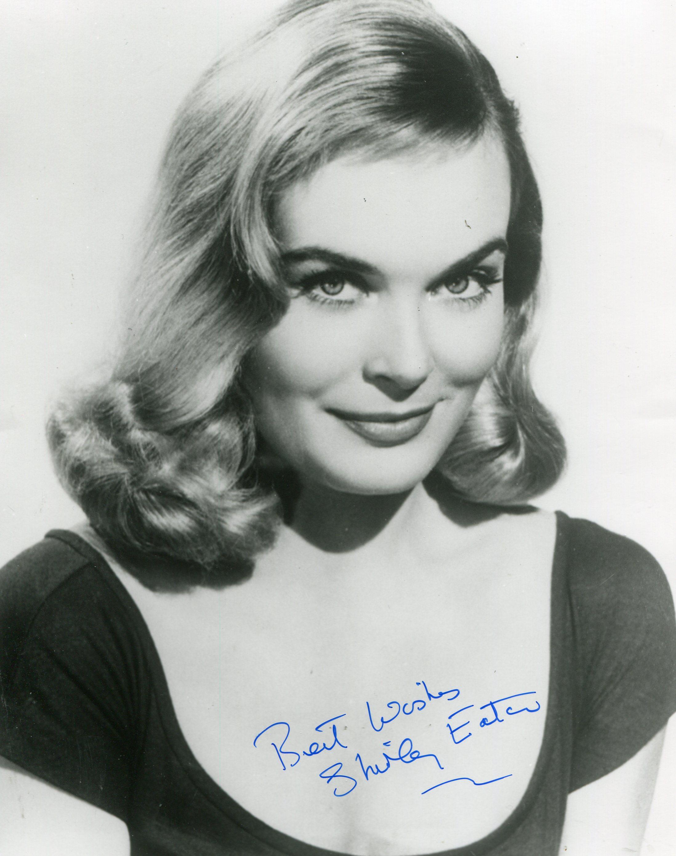 photo Shirley Eaton (born 1937)