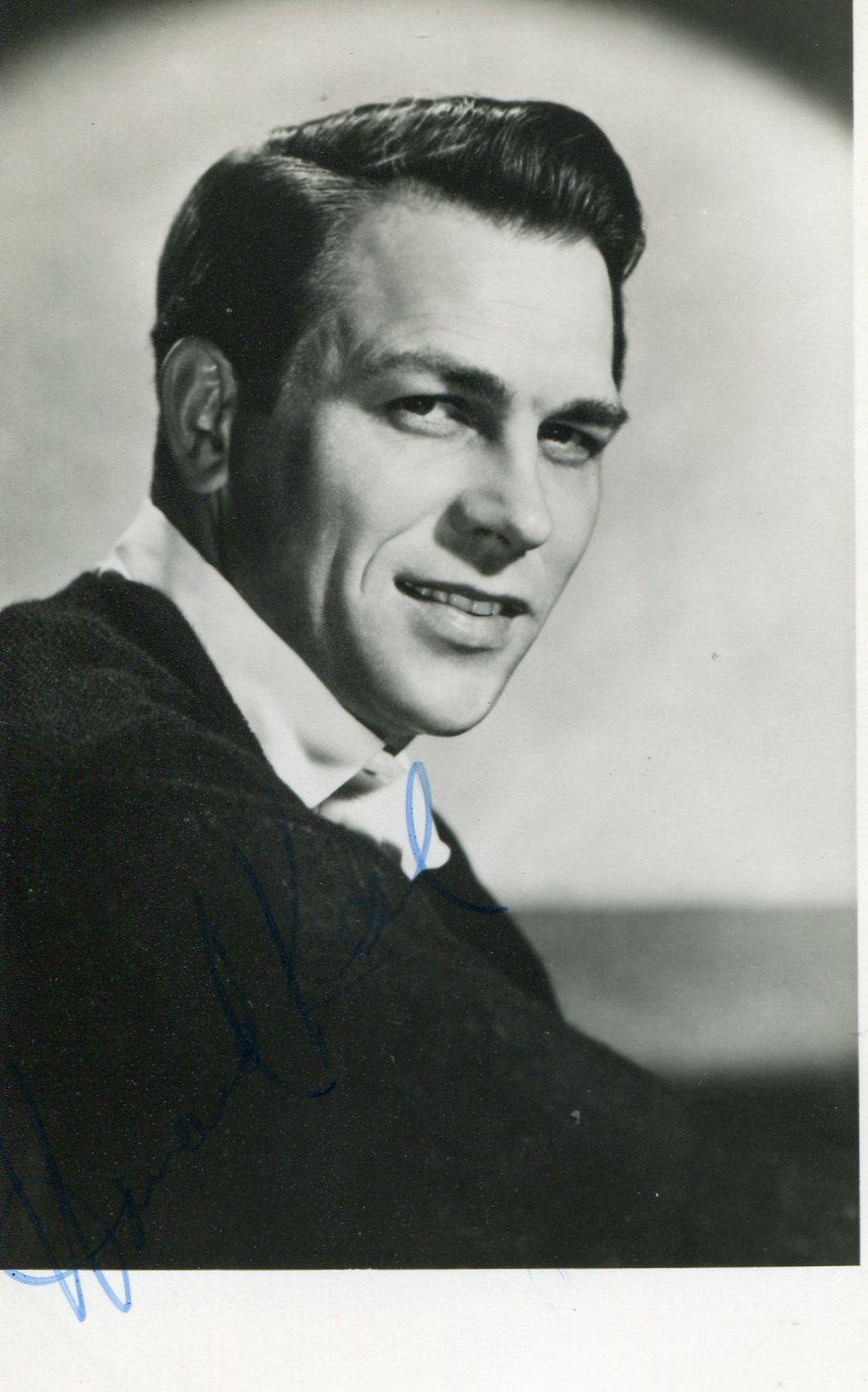 Howard Keel - Movies & Autographed Portraits Through The ...